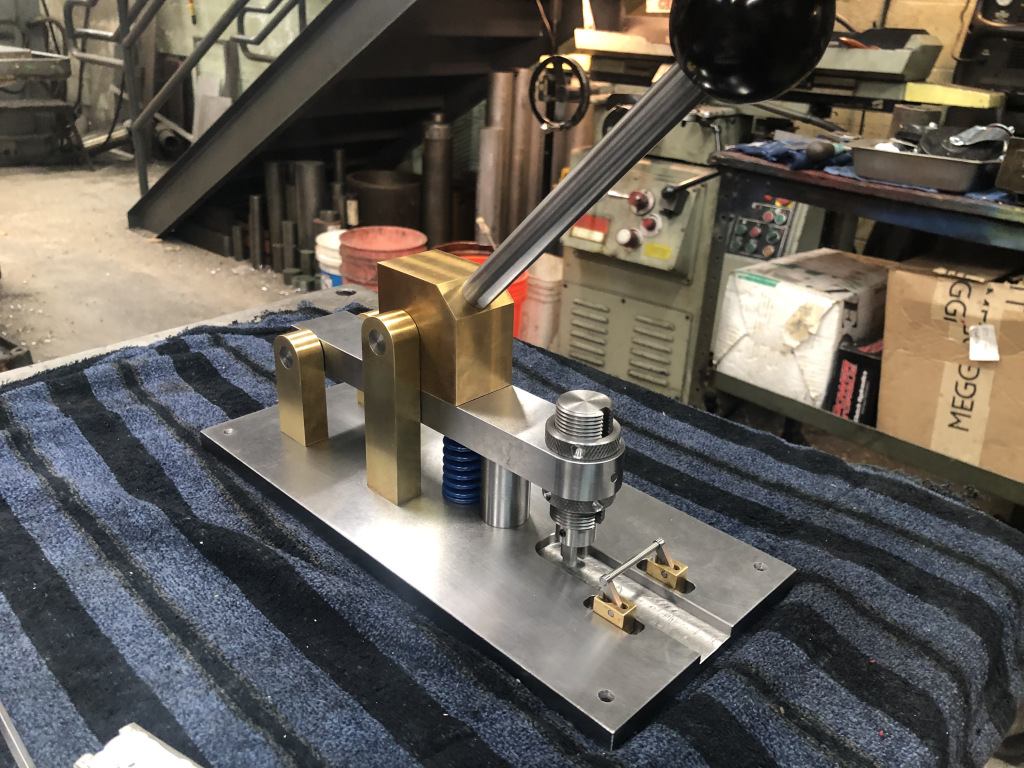 Cusotm tooling jig for custom assembly line